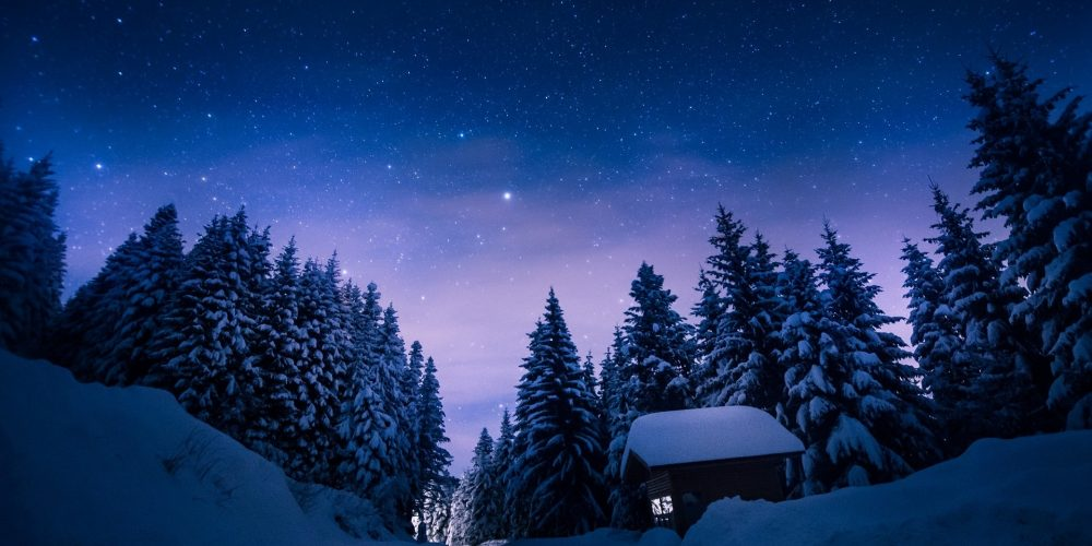 ws_Stars_Night_Snow_Forest_House